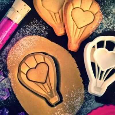 Love Balloon Cookies